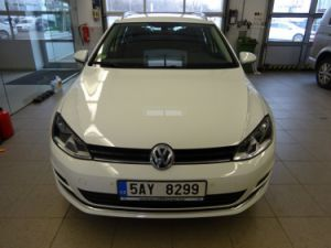 Volkswagen Golf VII 2.0 TDI Highline DSG (A6)
